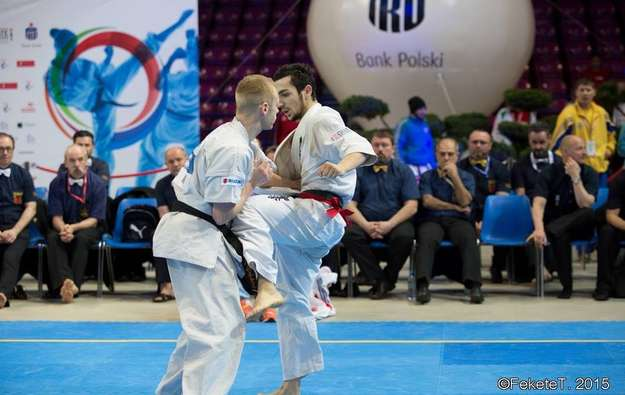 CHAMPIONNATS D'EUROPE SHINKYOKUSHINKAI 2015